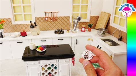 Miniature Kitchen~ I made this Kitchen and it Really Works
