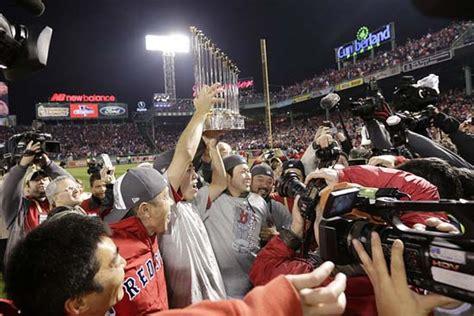 red sox fans love  parade bu today boston university