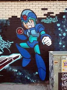 Arcade Hero Graffiti   Megaman Street Art
