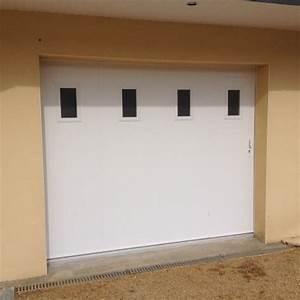 Porte Garage Coulissante Motorisée : porte de garage lat rale coulissante pvc manuelle ~ Dailycaller-alerts.com Idées de Décoration