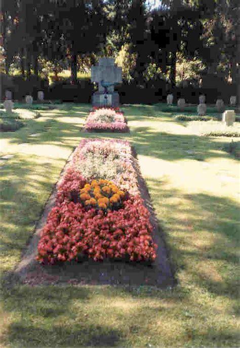 Schöne Gräser Für Den Garten by Friedhofsg 228 Rtnerei Stefan Sch 246 B