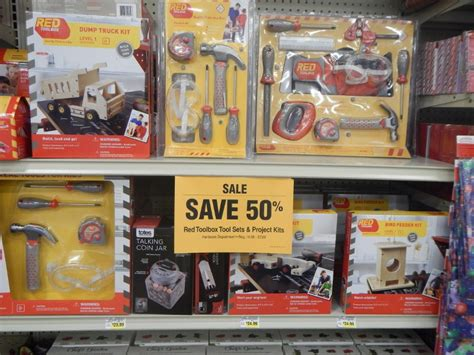 christmas trees on fred meyer fred meyer unadvertised deals free snapware clearance up to 90 cheap