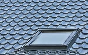 Kosten Einbau Dachfenster : dachfenster die kosten f r material und einbau im berblick ~ Frokenaadalensverden.com Haus und Dekorationen
