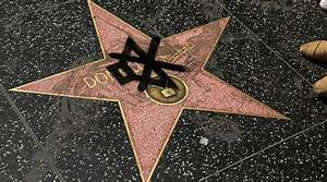 People Have Been Doo Dooing On Donald Trump's Star On The ...
