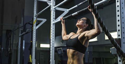 crossfit beginners coach wod wods fitness kipping chiropractor jillian had woman lifting michaels say take crossfitter wodify shape