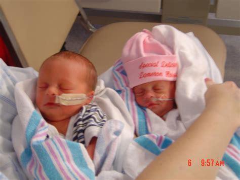 Image Gallery Preemie Twins