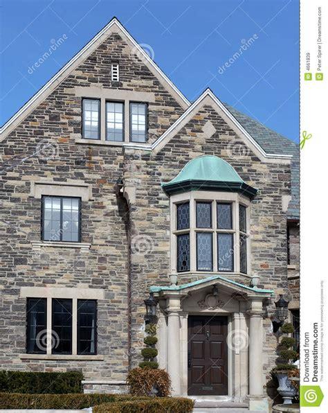 elegant house  stone gable royalty  stock images image