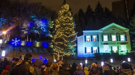 scenes from millercoors holiday lights preview slideshow