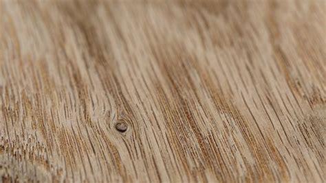 comment faire une table de cuisine vieillir le bois de chêne minutefacile com