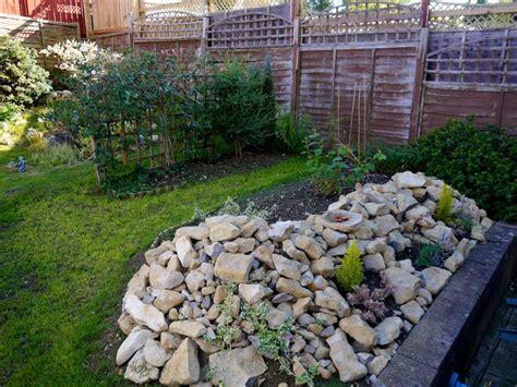 Decorar Tu Jardín Ahorrando En Plantas  Vivir Hogar