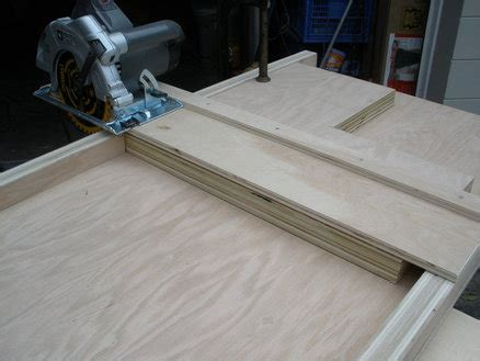 Circular Saw Crosscut Jig  By Sebringdon @ Lumberjocks