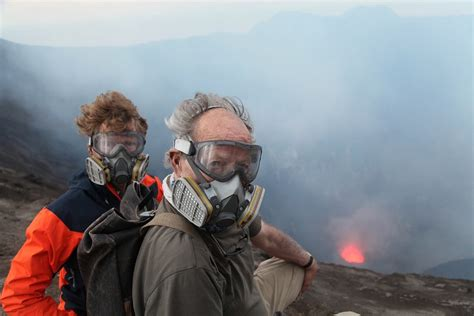 werner herzog indonesia into the inferno il sublime infernale di herzog e oppenheimer