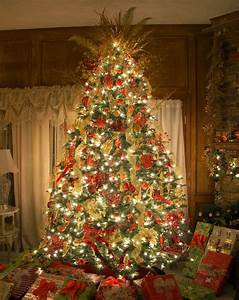 One String Of Lights Out On Prelit Tree Best Artificial Christmas Trees 8 Pre Lit Christmas Tree