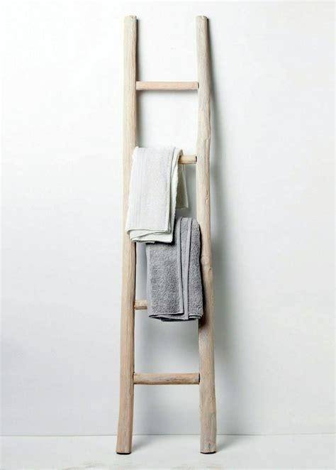 Handtuchhalter Leiter Holz by Wooden Towel Ladder In Both Rustic As Well As In Modern