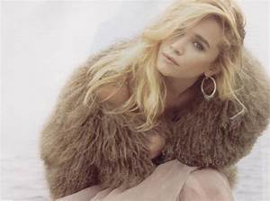 Ashley Olsen Height, Weight, Age and Body Measurements