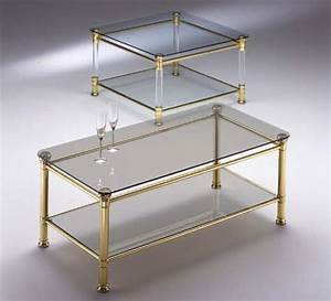 Glasplatten Für Tische : platz tisch mit 2 glasplatten f r den empfang idfdesign ~ Orissabook.com Haus und Dekorationen