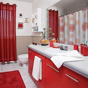 Decoration De Salle De Bain : rouge passion pour la salle de bain salle de bain avant apr s d coration et r novation ~ Teatrodelosmanantiales.com Idées de Décoration
