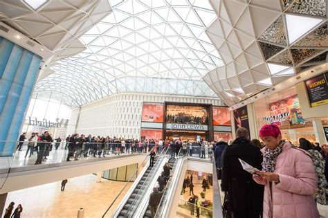 westfield london  largest shopping centre  europe  launch   extension