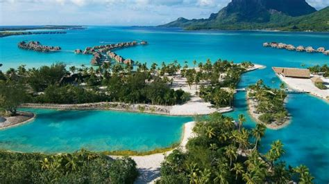 7 Stunning Lagoons That You Should See Before You Die
