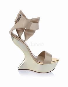 Schuhe Schnüren Ohne Schleife : attraktive damen schuhe mit plateau und schleife ohne absatz ~ Frokenaadalensverden.com Haus und Dekorationen