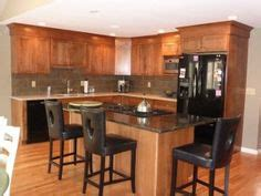 pictures of kitchen cabinets 1000 ideas about 10x10 kitchen on white 7482