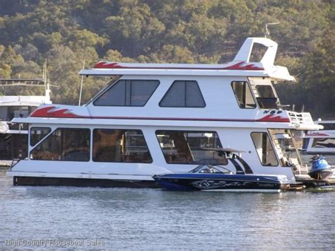House Boat Eildon by Houseboat Home On The Water Of Lake Eildon House