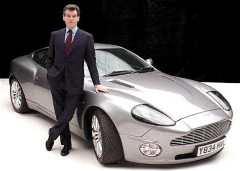 Aston Martin Vanquish | Bond Lifestyle