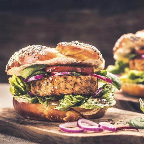 Acompaña tu hamburguesa con lo que más te guste: Celebra el 'Día Internacional de la Hamburguesa' con estas recetas 'healthy'