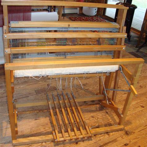Wire Harnes Weaving by 4 Harness Floor Loom Carpet Vidalondon