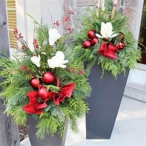 Fensterbank Außen Dekorieren : die besten 25 weihnachtsdeko aussen ideen weihnachtsdeko ideen f r aussen weihnachtsdeko ~ Eleganceandgraceweddings.com Haus und Dekorationen