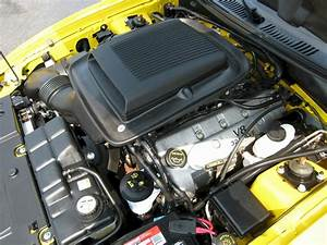 Screaming Yellow 2004 Mach 1 40th Anniversary Edition Ford Mustang Coupe