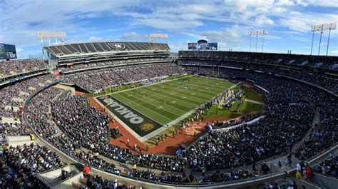 oakland coliseum oakland raiders football stadium
