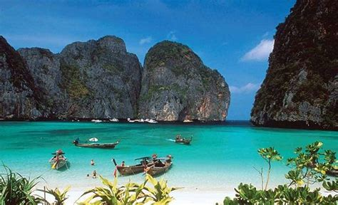 pantai  indah  indonesia  wajib kamu
