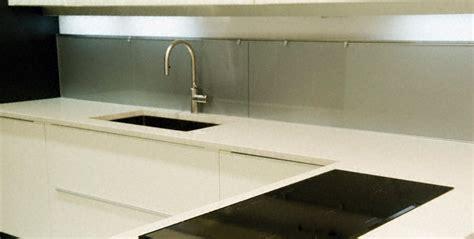 plan de travail cuisine quartz blanc plan de travail ceramique ou quartz cuisine naturelle