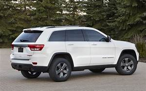 2013 Jeep Grand Cherokee Trailhawk Makes Debut