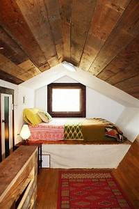 26, Cozy, Tiny, Attic, Nooks, And, Ideas, To, Decorate, Them