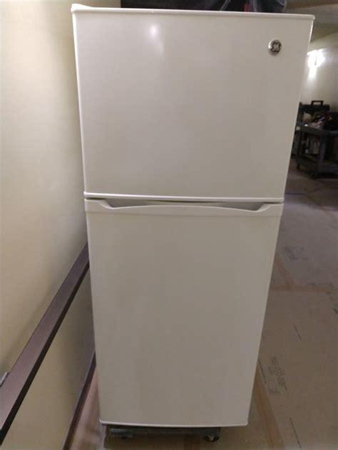 ge  white apartment size refrigerator  sale  fontana ca offerup