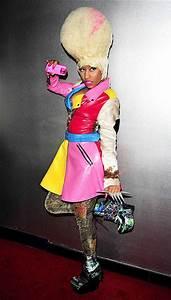 Fitness Charts Nicki Minaj 39 S Fashion Sense