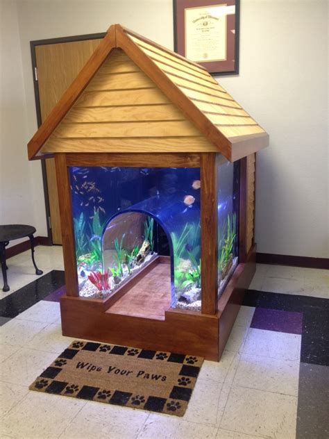 Pet Friendly Aquariums Have Dog Blog Will Travel
