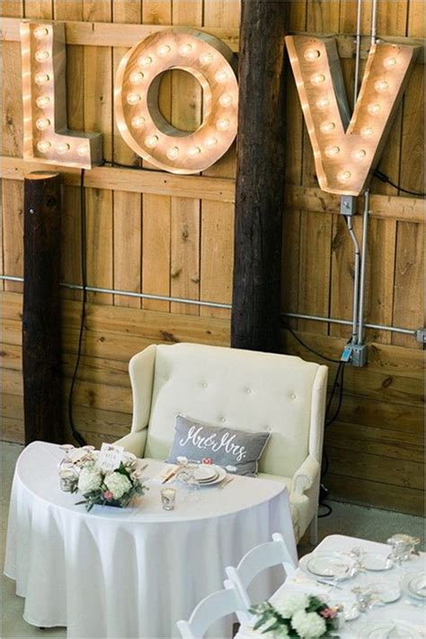 romantic wedding table setting ideas  couples