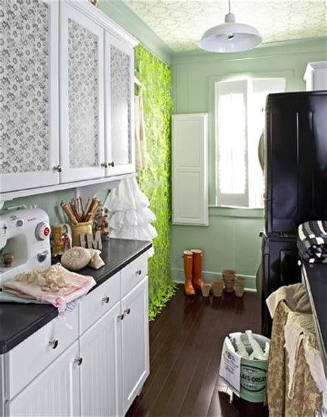Decorating Ideas For Utility Rooms by Laundry Room Decor Ideas Design For Laundry Rooms