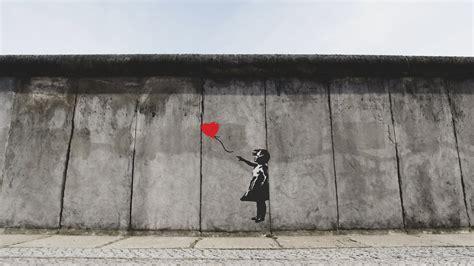 Banksy Comes Alive on the Berlin Wall | ARTMO