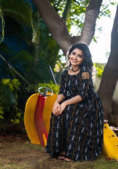 5 Gorgeous Photos Of The Beautiful anupama Parameswaran