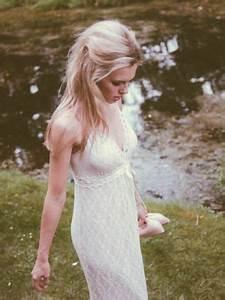 Lindegger Küss Die Braut : lindegger k ss die braut lili 2014 hochzeitskleid in empire form mit spaghettitr gern kuess ~ Yasmunasinghe.com Haus und Dekorationen