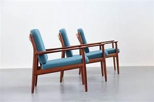 Chauffeuse danoise grete jalk teck scandinave fauteuil for Chauffeuse scandinave