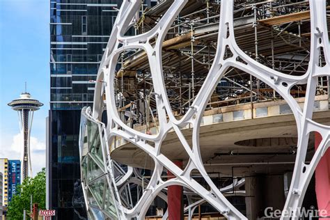 Amazon's giant Seattle biospheres come into focus with