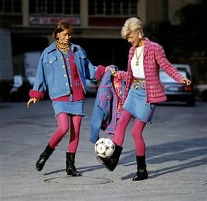 Kleidung 90er Party : summer of the 90s reihe viel bling bling wenig stoff die mode der 90er bilder tv spielfilm ~ Frokenaadalensverden.com Haus und Dekorationen