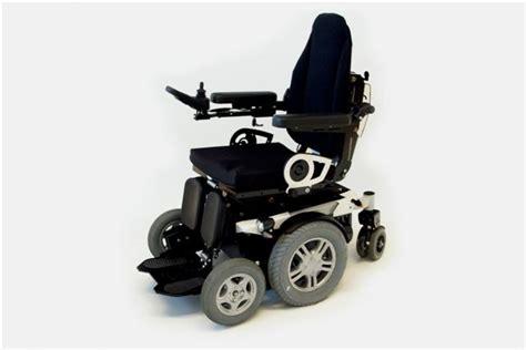 fauteuil roulant electrique 4x4 degonda twist t4 4x4 et 2x2 fauteuils roulants 233 lectriques les fauteuils roulants manuels