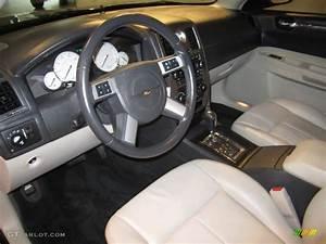 2007 Chrysler 300 Touring Interior Photo  54512219