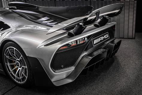 jaguar xe  aston martin vantage amr mercedes